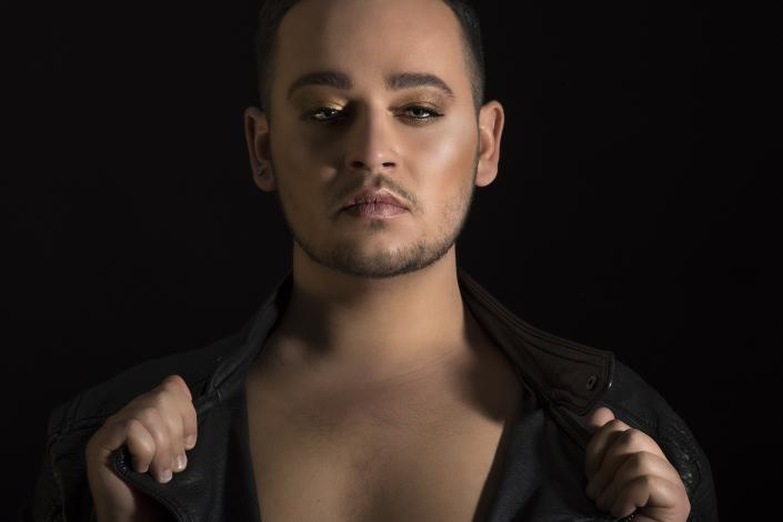 lausanne-photo-shooting-model-homme-book-maquillage-beaute-studio