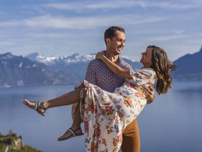 LausannePhoto-shooting-maternité-grossesse-parents-bebe-exterieur-nature-vignes-lavaux-suisse-photo-04